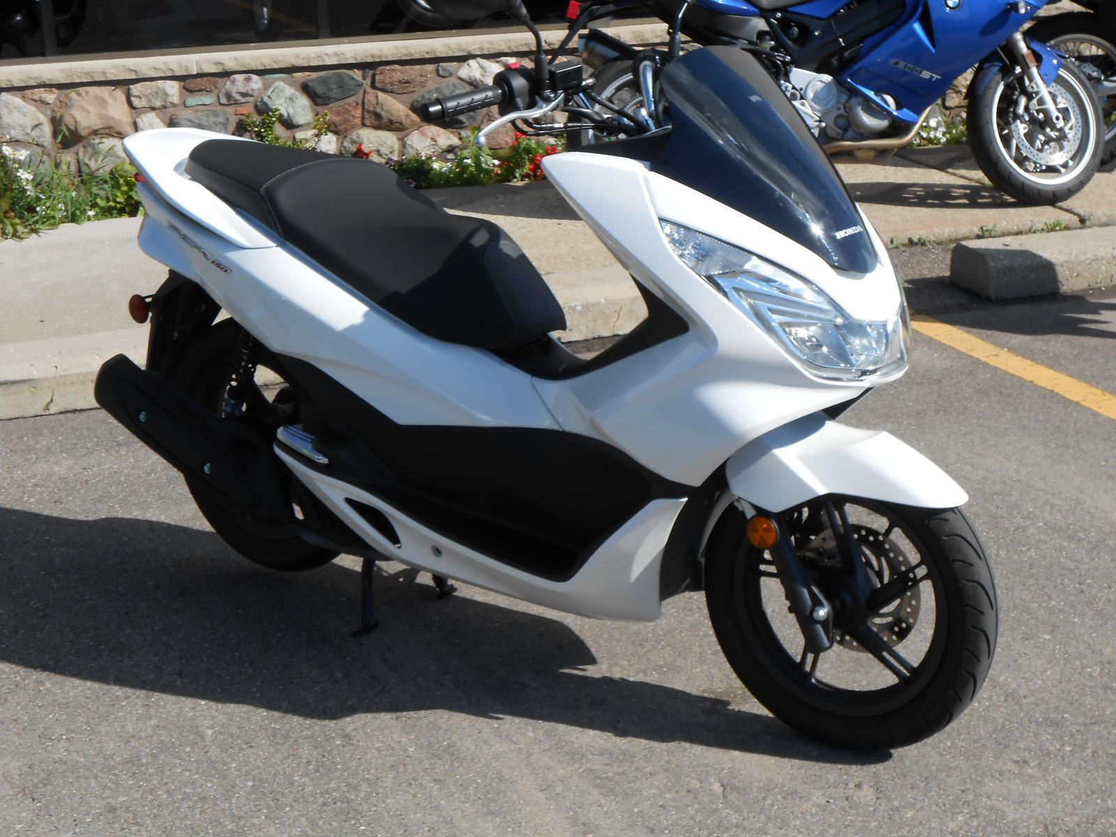 Used honda pcx scooters mopeds for sale with 150 html for Used hondas for sale