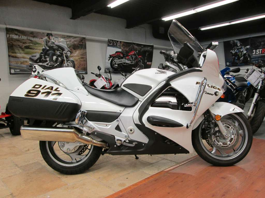 page 9 ledgewood motorcycle gear parts and accessories motorcycle mall. Black Bedroom Furniture Sets. Home Design Ideas